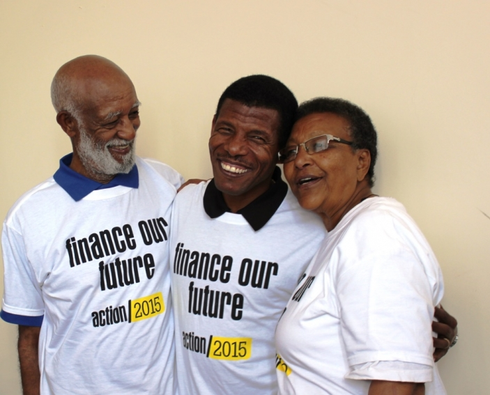 Runner, Haile Gebrselassie meeting Mr Tilahun and Ms Yeshiembet at the FFD mobilisation � HelpAge International