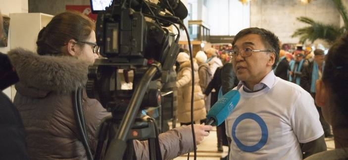 Man interviewed on World Diabetes Day (c) HelpAge International