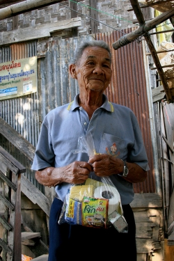 Toonmuang is 81 and receives a monthly pension for the government. To survive though he relies on his daughters sending him some money as well as selling things people throw away as rubbish.