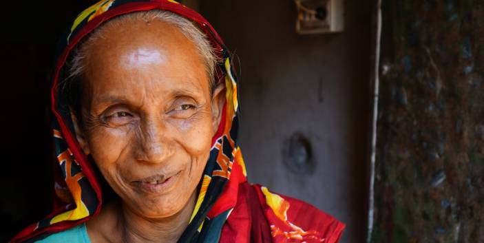 NSSS will help support older people in Bangladesh like Begum (c) Mayur Paul/HelpAge International