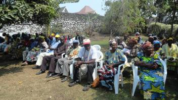 Older people attend the World Elder Abuse Awareness Day in the DRC. (c) Mireine Bulonza/HelpAge International