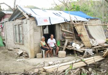 An example of the shelter materials we have given older people to repair their houses. (c) Joselito dela Cruz