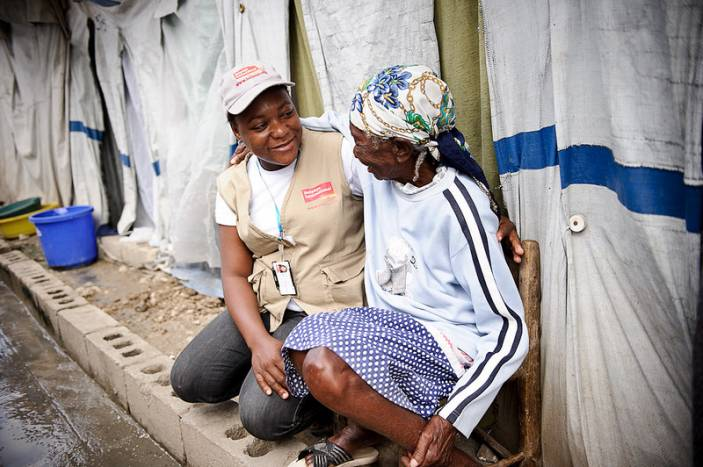 A community nurse in Haiti. (c) Frederic Dupoux/HelpAge International