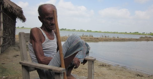 Dilshad, 89, had his home destroyed in a flood in Pakistan