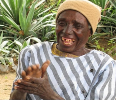 Enia, 63, regained her eyesight after three years of blindness thanks to a cataracts operation.