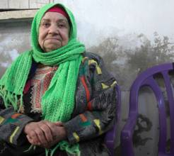Hadija is 82 and lives in Shatee refugee camp in Gaza City. (c) Sarah Marzouk/HelpAge International