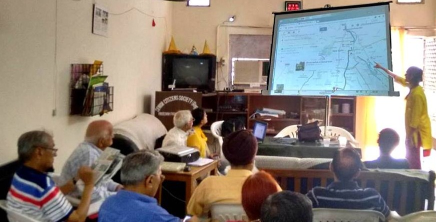 HelpAge India are training older people to become tech-savvy through their digital inclusion project. (c) HelpAge India