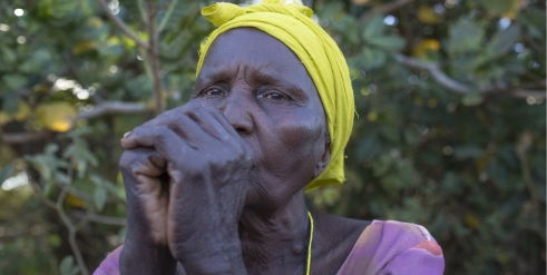 Older woman in Kenya who has been victim of age discrimination (c) Roopa Gogineni/HelpAge International