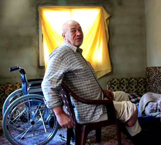 Ahmed, 67, is diabetic and running out of insulin. (c) Lydia de Leeuw / Handicap International - HelpAge International