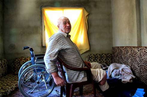 Ahmed Khair Birjawi (67) suffers from diabetes and cardiovascular disease. (c) Lydia de Leeuw / Handicap International - HelpAge International