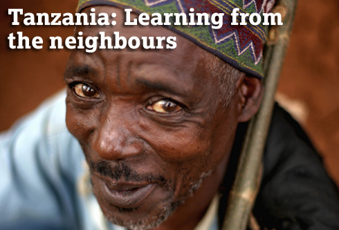 Tanzania: Learning from the neighbours. (c) Kate Holt/HelpAge International.