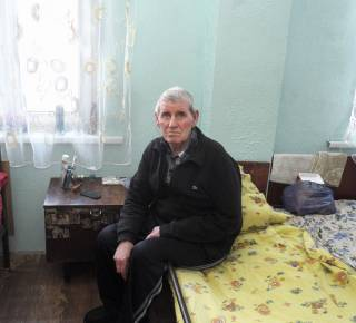 Vladimir, 70, has fled the fighting in eastern Ukraine. (c) Iva Zimova/HelpAge International
